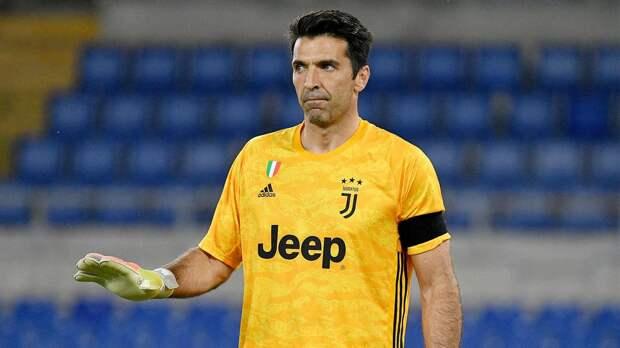 Буффон догнал Мальдини по числу завоеванных трофеев. Они самые титулованные итальянские футболисты в истории