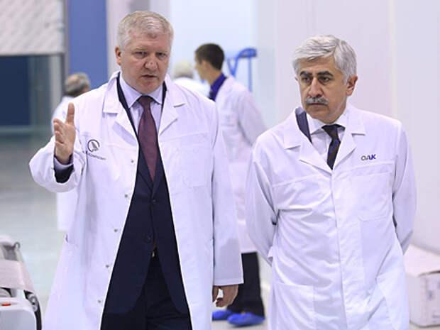 Андрей Князев (справа) - Безусловно, мы хотим иметь российских поставщиков