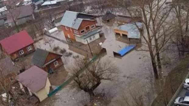В Горно-Алтайске отменили режим ЧС, введенный из-за паводка