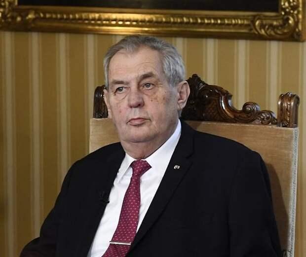 Президент Чехии предложил Тихановской открыть в Праге офис белорусской оппозиции