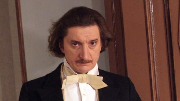 Актер Александр Лыков потерял троих близких из-за COVID-19