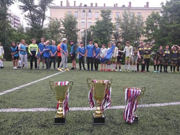 Сборная Алексеевского завоевала «серебро» в турнире по футболу среди дворовых команд