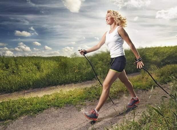 Скандинавская ходьба: легко, доступно, полезно. Присоединяйся!