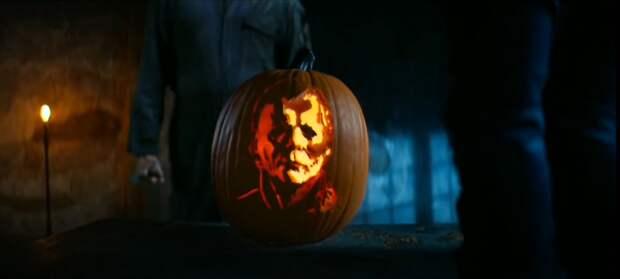 """Майкл Майерс и Чаки против тыквы в рекламном ролике """"Хэллоуин убивает"""""""