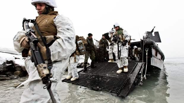 НАТО наращивает активность в Арктике, — командующий Северным флотом