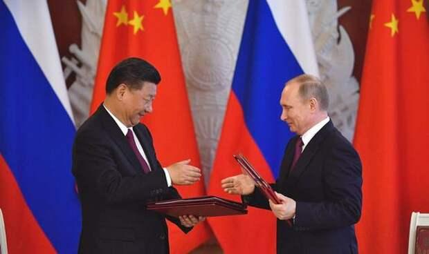 Си Цзиньпин был шокирован тем, что Байден до сих пор не позвонив ему, китайскому лидеру, поговорил с Путиным