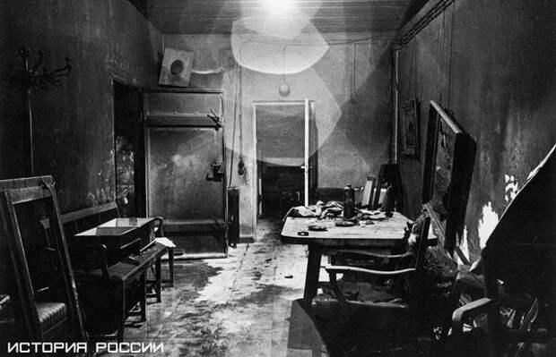 Фото из бункера Гитлера