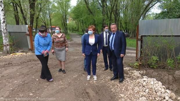 Елена Сорокина проверила, как возводятся пристройки к трём рязанским детсадам