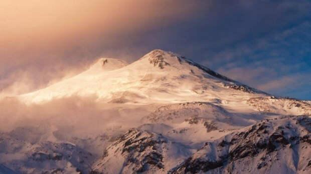 Турфирма опровергла информацию об альпинистах, брошенных гидом на Эльбрусе