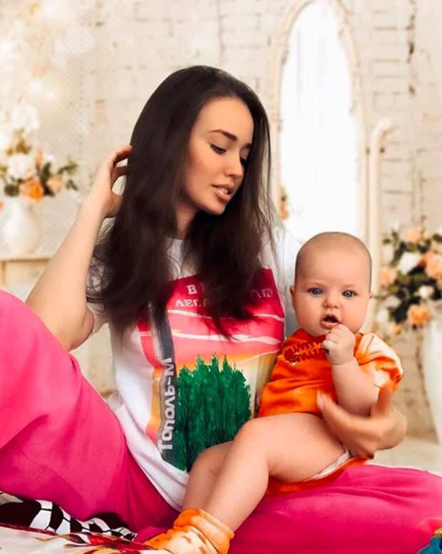 Анастасия Костенко рассказала о взаимодействии со старшей дочкой Дмитрия Тарасова