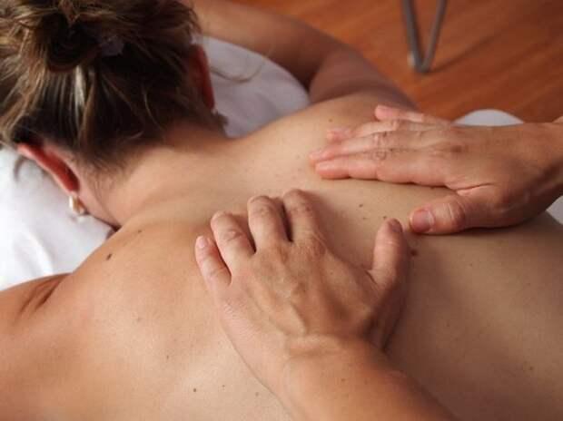 Врач рассказал, как укрепить иммунитет с помощью массажа