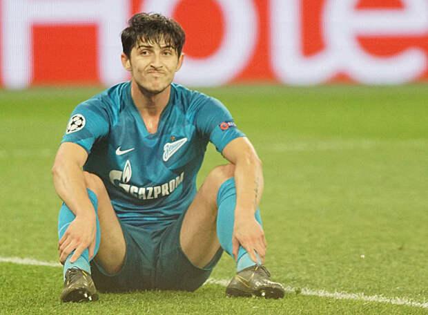 Страсти по Азмуну: «Аталанта» хочет бесплатно его подписать, «Зенит» намерен предложить новый контракт, а сам иранец хочет покинуть питерский клуб нынешним летом