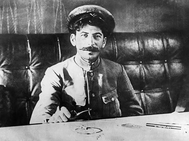 Как Сталин работал нянькой