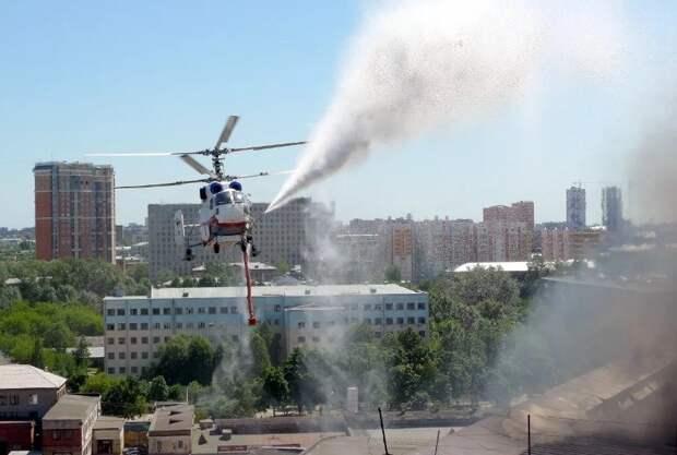 Четыре вертолета Московского авиацентра ежедневно обеспечивают пожарную безопасность столицы