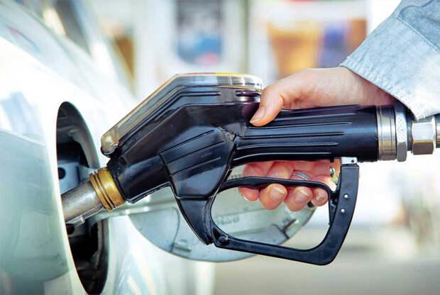 Прибыль от продажи бензина на АЗС упала почти до нуля