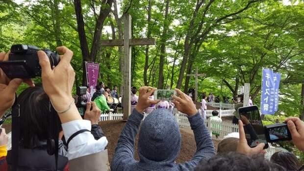 Культовое место в Японии, которое связывают с Иисусом.
