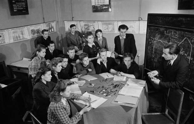 Образование в СССР и сейчас - принципиальное отличие.