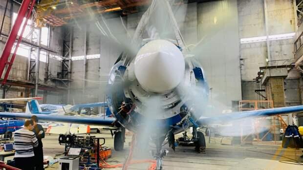 Российский экспериментальный самолет Як-40 совершил первый вылет в рамках МАКС-2021