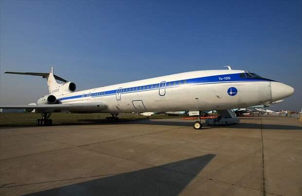 Летающая лаборатория Ту-155 с двигателем НК-88.
