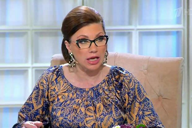 Сваха Сябитова призвала россиянок рожать