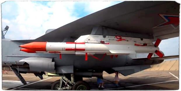 Су-35С испытывает новейшую супер-ракету.