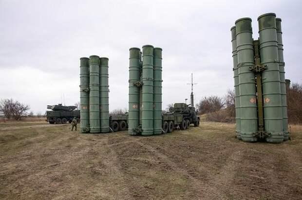 Версия Avia.pro: причиной аномальной активности самолетов НАТО у границ Крыма мог стать новейший российский комплекс ПВО