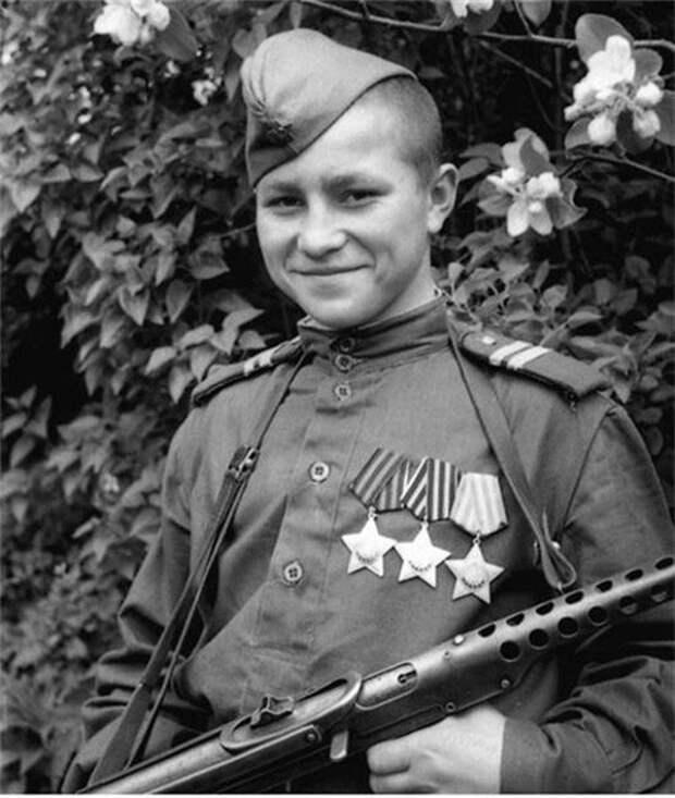 Иван Кузнецов. Самый молодой кавалер 3-ёх орденов Славы