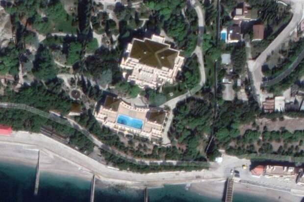 Крымскую резиденцию украинского олигарха Ахметова продают за 2 млрд рублей