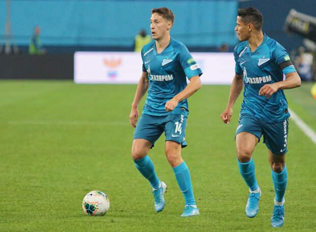 Источник: «Зенит» снова предложил контракт Кузяеву. Игрок взял время на раздумье, рассчитывая на более выгодное предложение