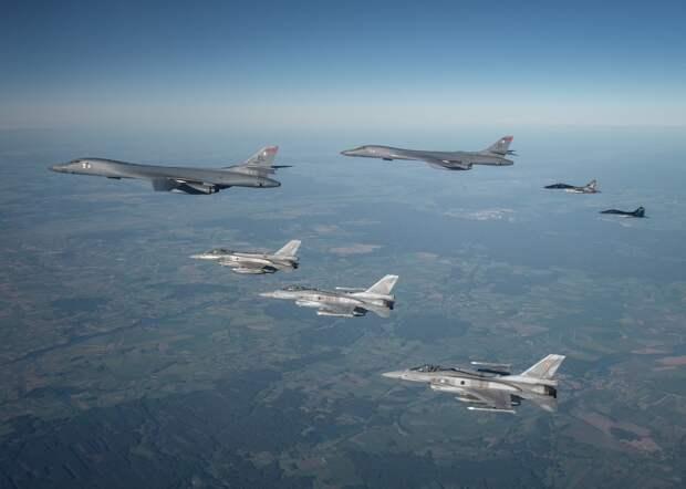 Силы НАТО привели статистику перехватов самолетов российских ВКС за 2020 год