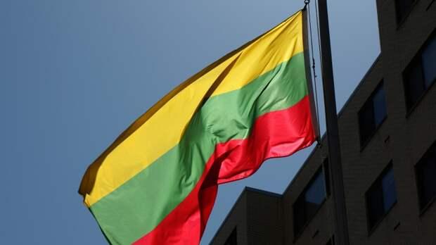 Литва обвинила Россию в провале вакцинации от COVID-19 препаратом AstraZeneca