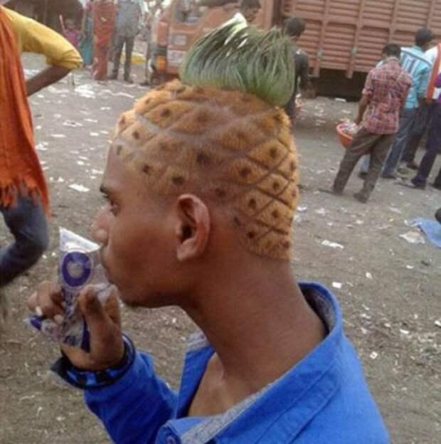 Необычные и причудливые стрижки и причёски (31 фото)