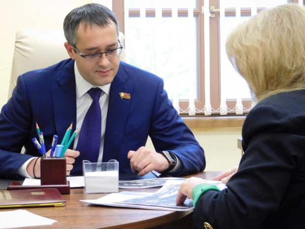 Прием жителей/пресс-служба депутата