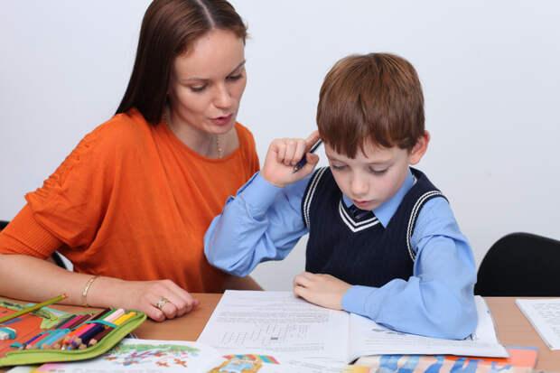 Делаем уроки: как перестать злиться на ребенка?