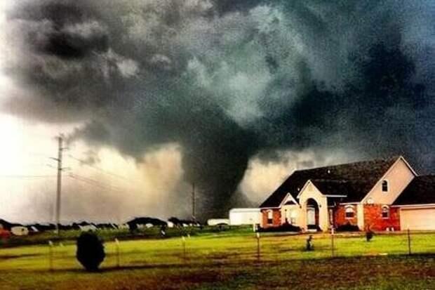 Торнадо в Оклахоме сравнили с 600 атомными бомбами
