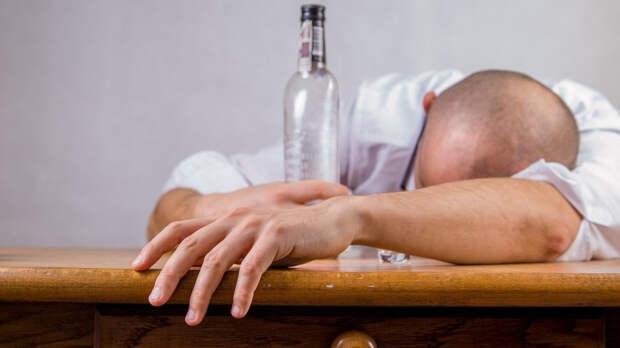 Спиртные напитки могут усугубить состояние здоровья переболевших COVID-19