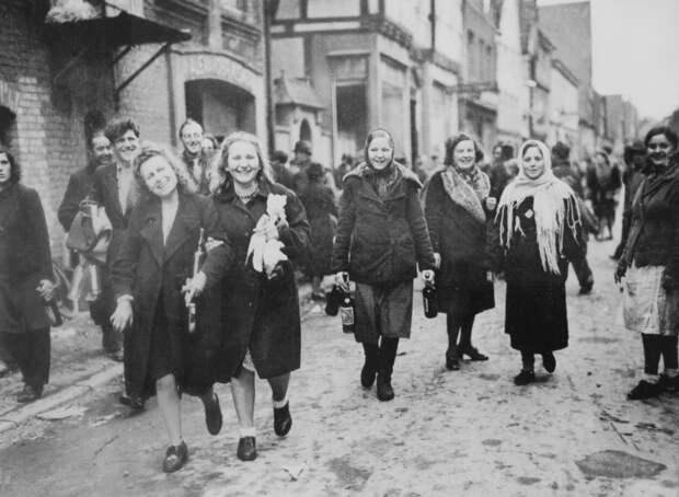Освобождение из нацистского рабства.