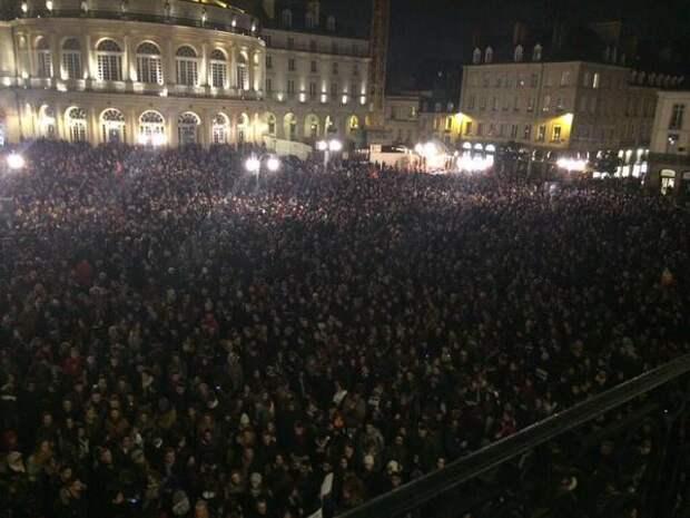 lEbwJk2KfZI Голливуд на Елисейских Полях или постановочный теракт в Париже