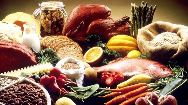 Названы пять продуктов, которые провоцируют развитие онкологических заболеваний