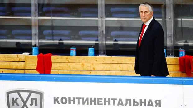 Скандальный отъезд русского таланта в Америку: агент Чинахова жестко критикует «Авангард». Что ждет форварда в НХЛ?