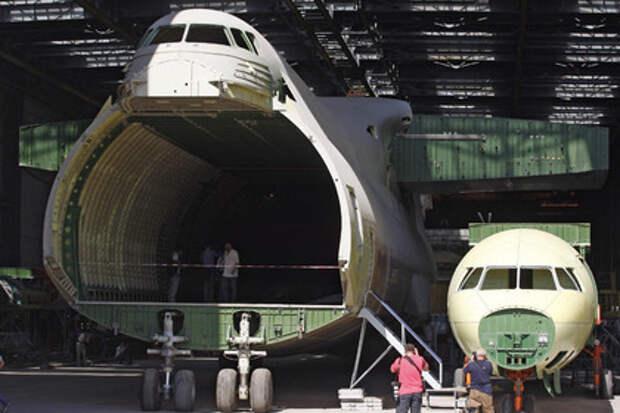«Антонов» признал остановку выпуска самолетов из-за разрыва связей с Россией