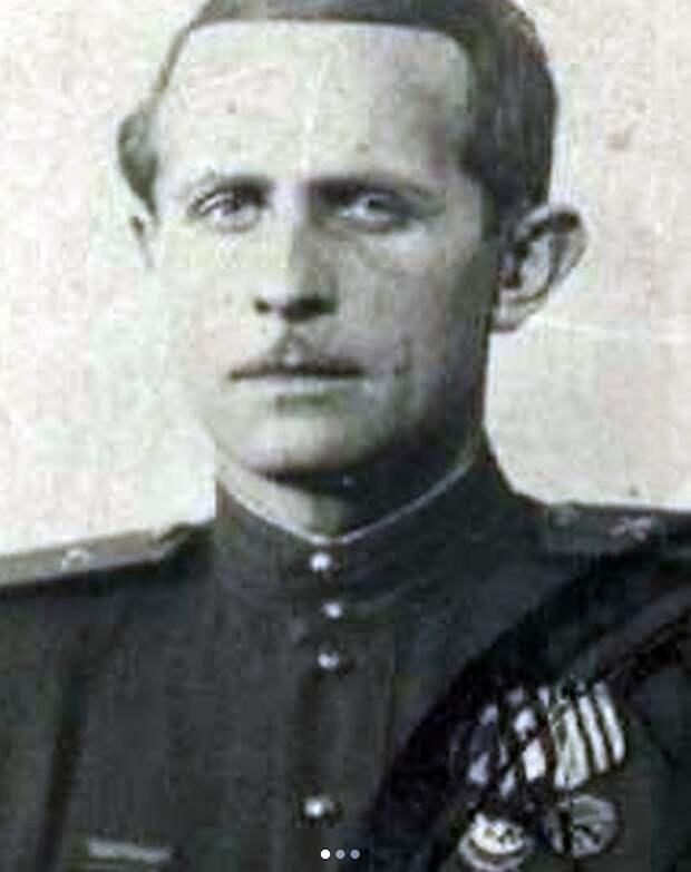 Отец Александра Домогарова, муж Елены Этуш, дед Полины Гагариной, свёкр Розы Сябитовой – герои-фронтовики
