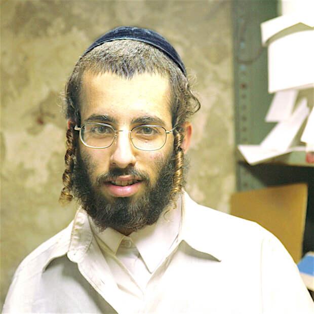 Зачем ортодоксальные евреи носят пейсы