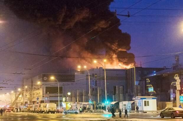 Экс-глава Кузбасса убежден, что в«Зимней вишне» устроили умышленный поджог