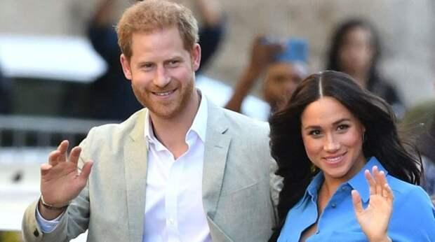 «Помахали ручкой»: реакция королевы и общества на выход Гарри и Меган из королевской семьи и еще 5 новостей, которые вы могли проспать