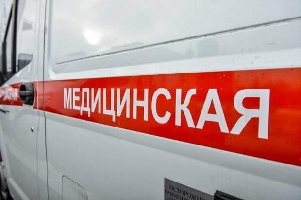 В Краснодаре в реанимацию доставлен мужчина, выпавший с четвертого этажа