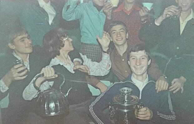 5. Школьная дискотека, 1983 год СССР, дискотеки, лихие 90-е, танцы ссср, фото