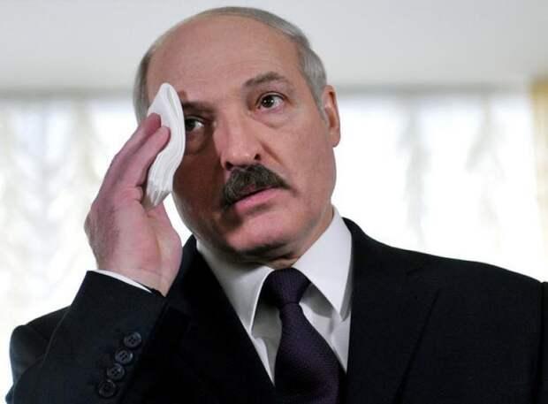 Давидюк: Лукашенко боится, что Путин его списал