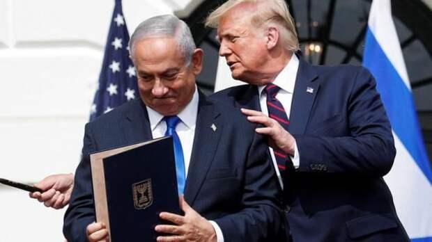 """Авраамський договор"": Трамп вручил Нетаньяху ключ от Белого дома"