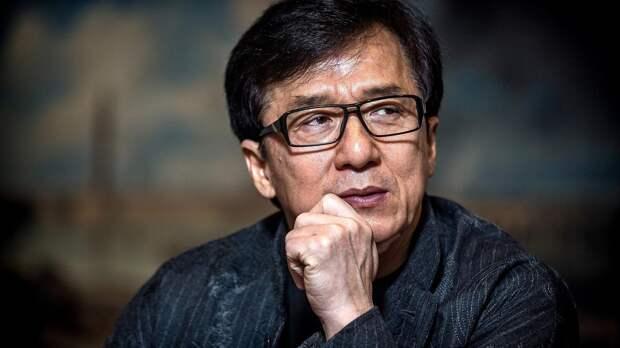 «Я был так близок к смерти»: Джеки Чан рассказал, что мог умереть во время съемок фильма